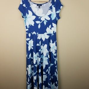 Chaps floral Maxi dress Size Small